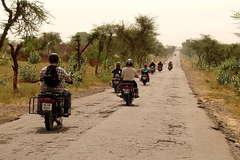 Motorcycle Tour: Rajasthan round trip with Taj Mahal/Agra