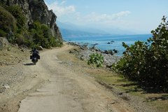Motorcycle Tour: Experience East Cuba