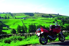 Reisen und Touren: Emerald Ireland: Fähranreise - 14 Tage Saison 1